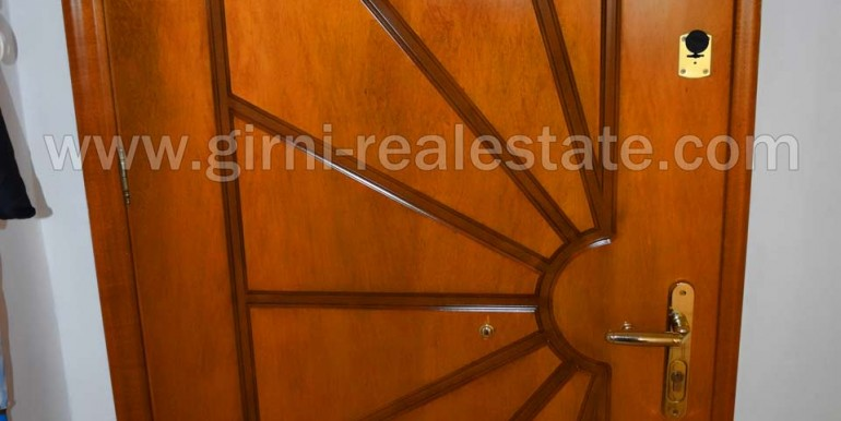 Girni-Real-Estate polite 50 t.m diamerisma pieria paralia