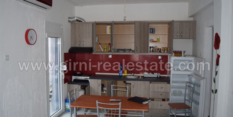 Girni real-estate polite Diamerisma 50 t.m Paralia  Pierias1