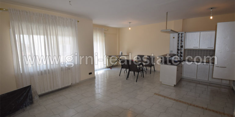 Girni real-estate polite Diamerisma 95 t.m Katerini Pierias
